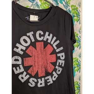 NWT Red Hot Chili Peppers tee in black L